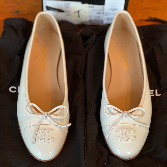 NWT Chanel ballet flats
